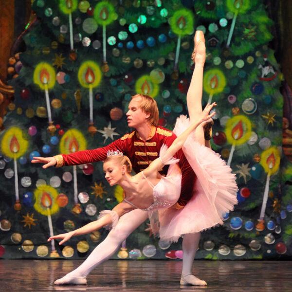 Новогодний детский балет в Доме музыки