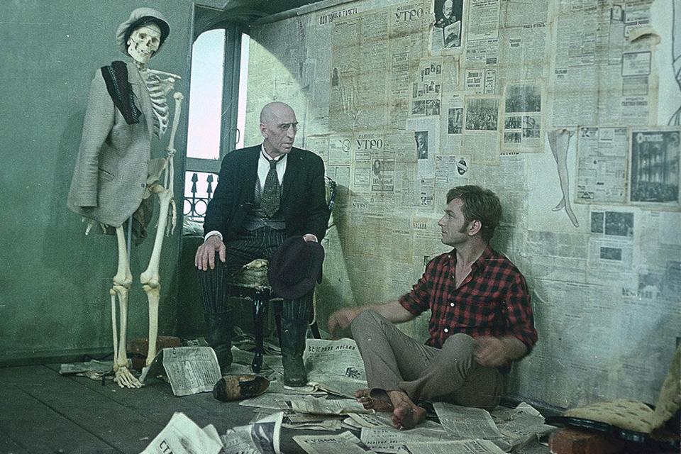 50 лет фильму «12 стульев» Леонида Гайдая: Бендера мог сыграть Высоцкий, а Филиппов на съемках мучился страшными болями