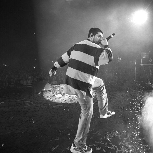 Концерт Noize MC: тур «Все как у людей»