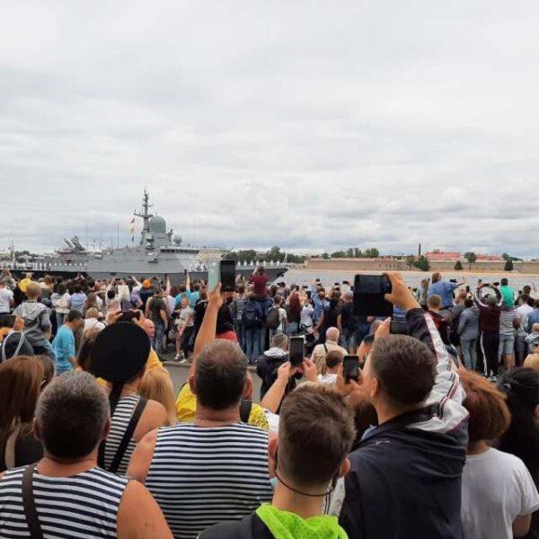 Видео парада на День ВМФ: лучшее за пару минут