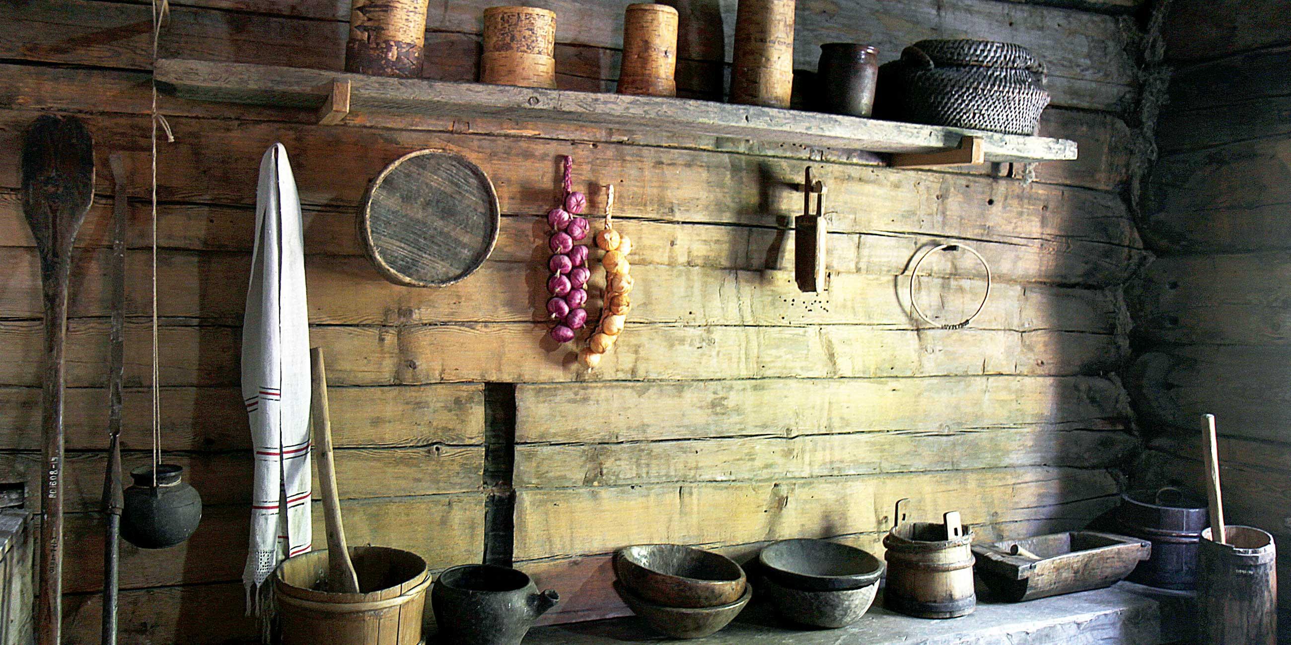 В старинных деревянных домах сохранилась атмосфера сибирской деревни 18 века.Фото: Юлия ПЫХАЛОВА,
